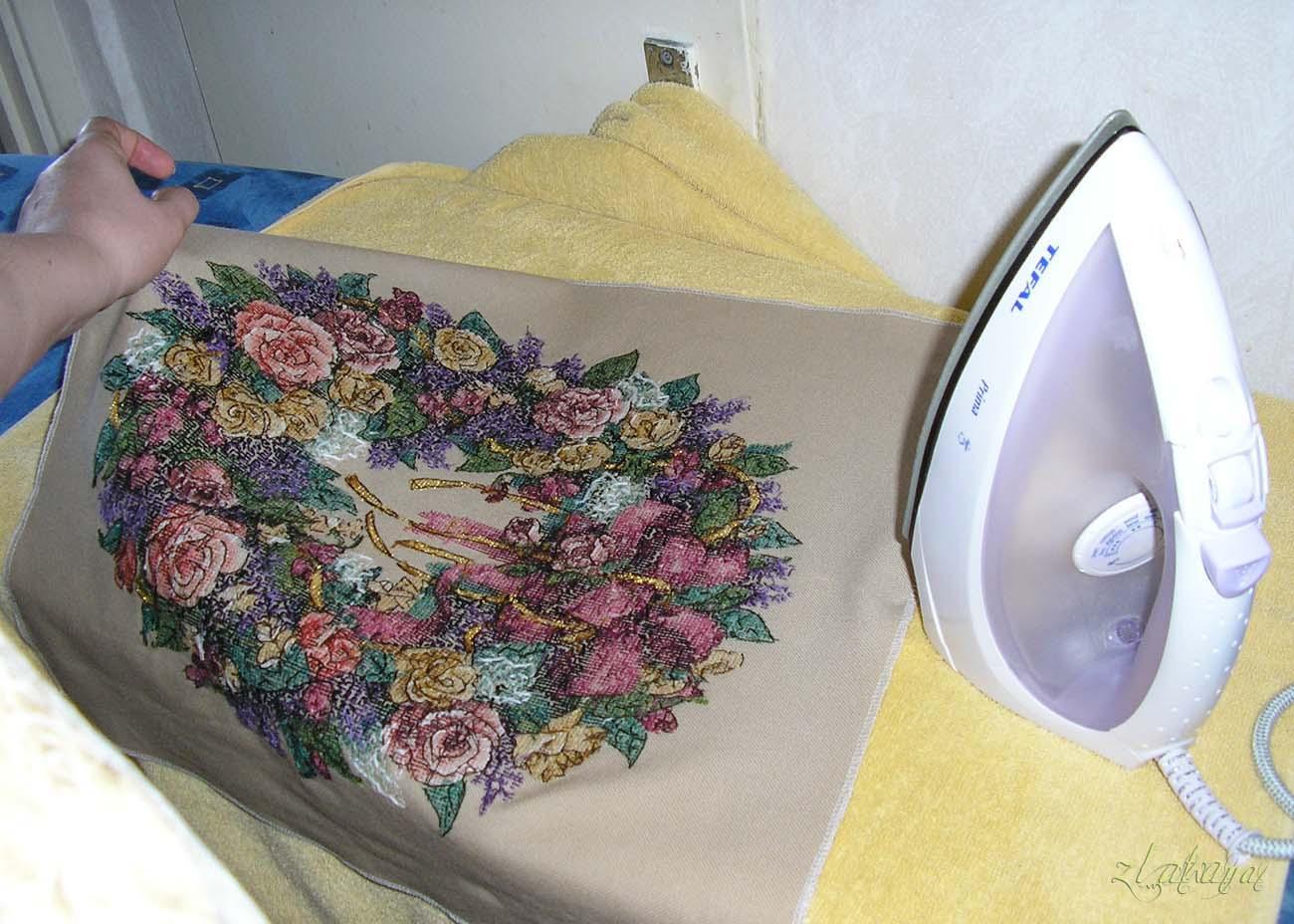 Надо стирать вышивку из бисера